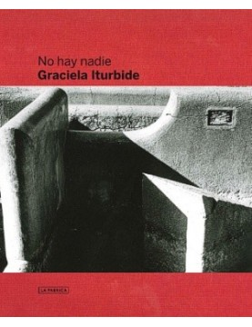 No hay nadie - there is no one